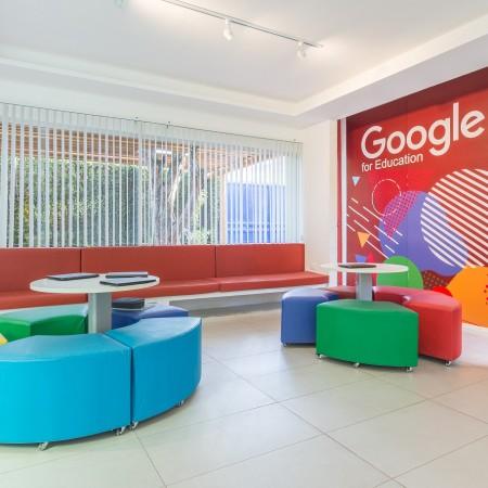 Painel Decorativo Google criado pela Kéréon Comunicação